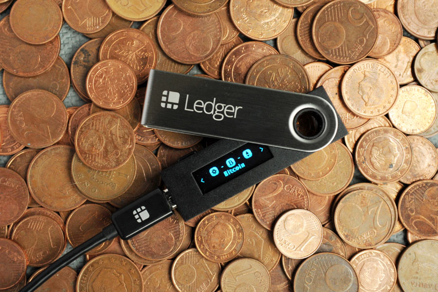 Usa Hardware Wallets para mantener seguros tus Bitcoin